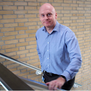Karsten Brinkmann