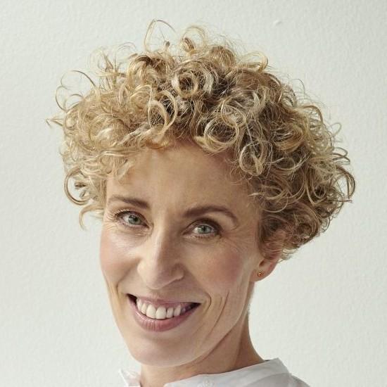 Anne Axholm